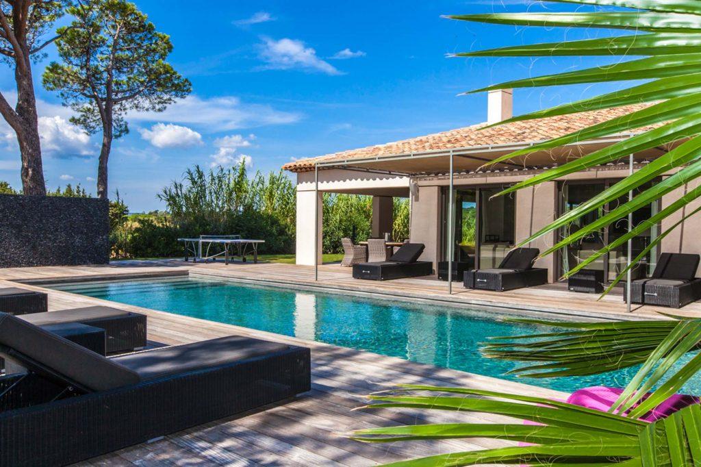 Découvrez les locations de villas de luxe à St-Tropez